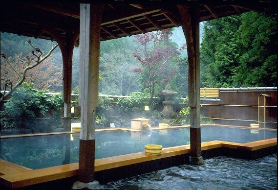 kurama-kyoto-japan-onsen-hot-spring-rotemburo-1